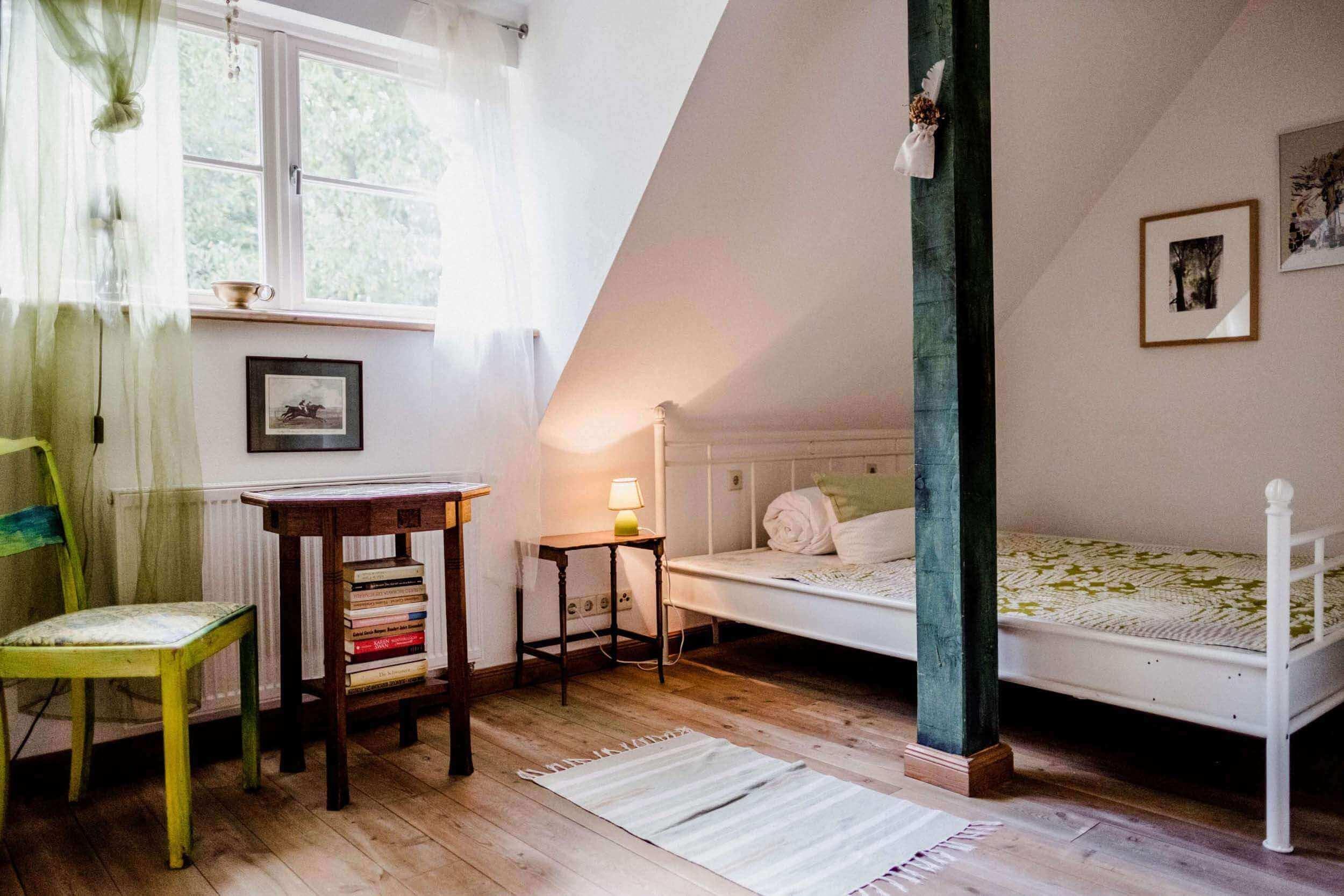 Zimmer Waldmeister - Urlaub im Gutshaus Ehmkendorf in Mecklenburg Vorpommern