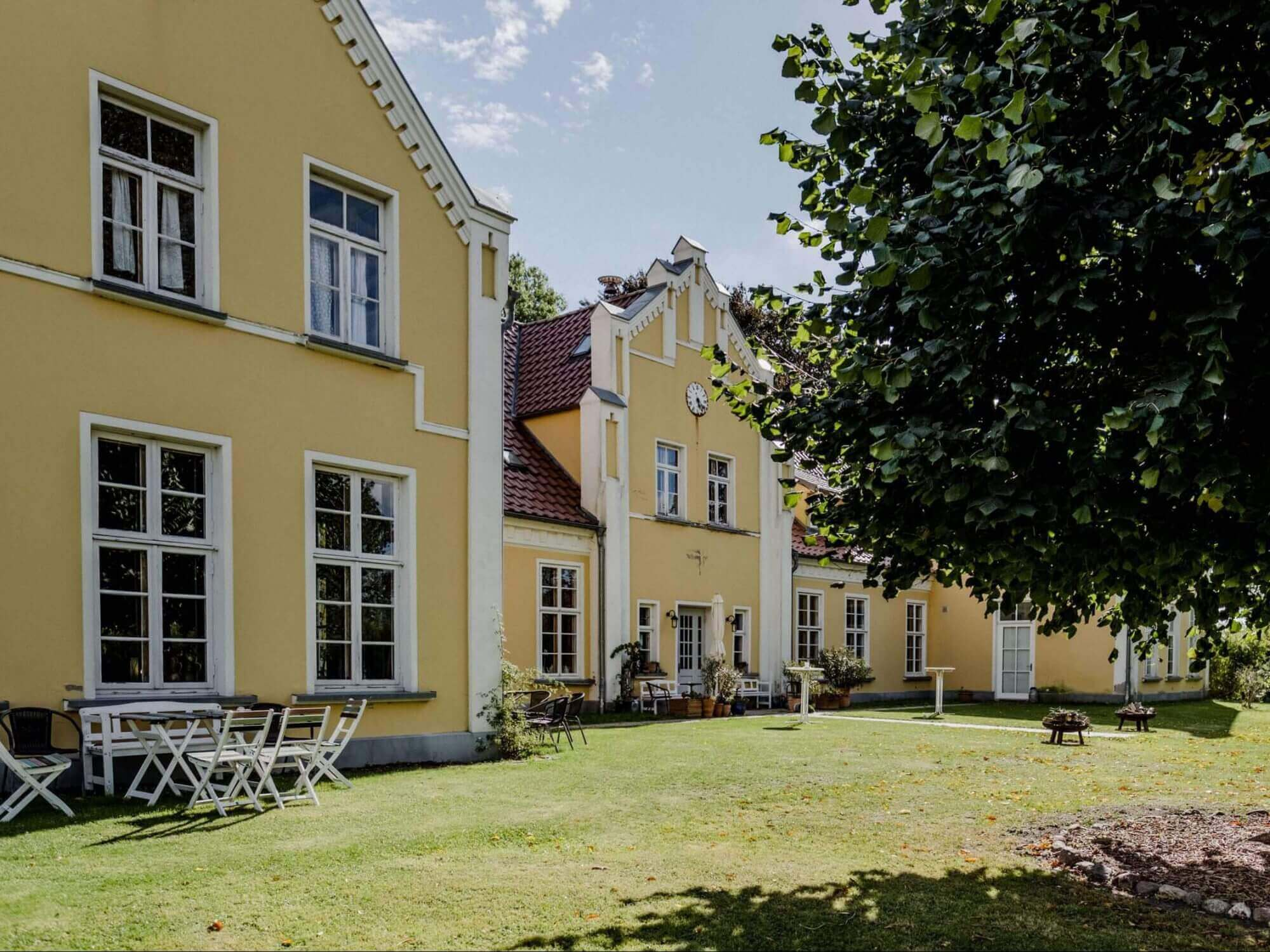 Frontansicht - Gutshaus Ehmkendorf in Mecklenburg Vorpommern